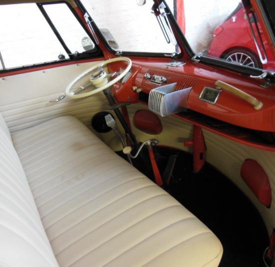 VOLKSWAGEN COMBI T1 SAMBA BUS 23 FENETRES